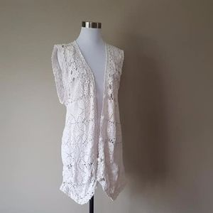 Vest XL Pierre Cardin White Knit Lacy